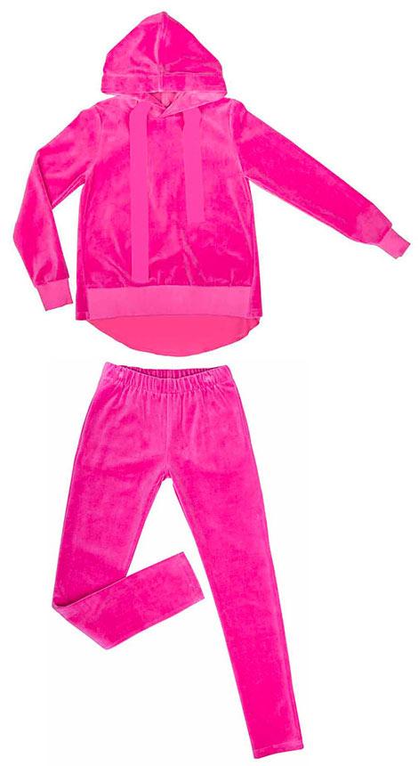 Спортивный костюм для девочки Vitacci, цвет: розовый. 2161084-11. Размер 1642161084-11Спортивный костюм Vitacci для девочки изготовлен из акрила с добавлением полиэстера. Модель состоит из кофты и брюк, она идеально подойдет для занятий спортом и станет отличным дополнением к детскому гардеробу. Кофта с капюшоном на шнурке и длинными рукавами дополнена на манжетах широкой эластичной резинкой. Спортивные брюки на поясе имеют широкую эластичную резинку.