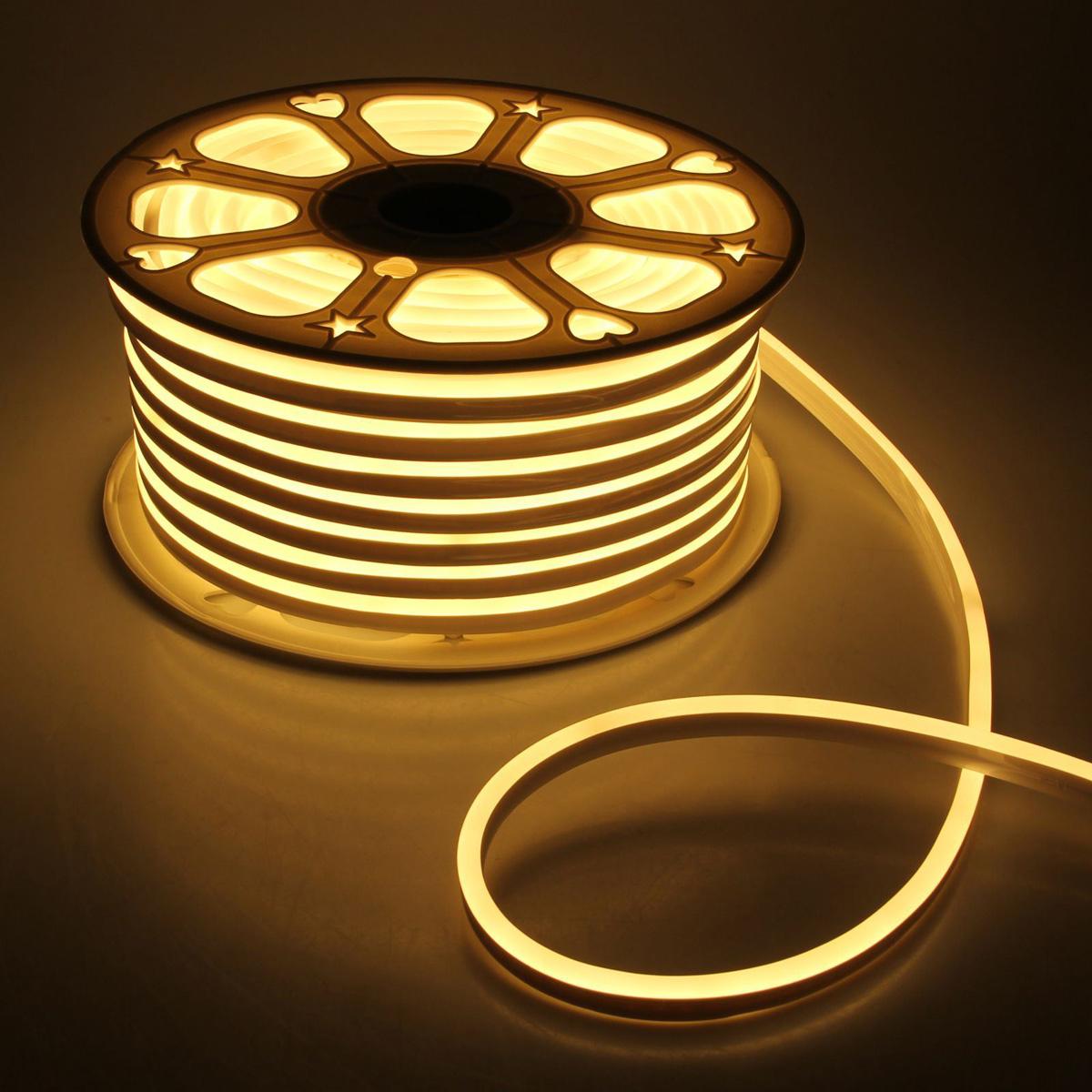 Гирлянда светодиодная Luazon, 120 ламп, 220 V, цвет: теплый белый, 0,8 см х 1,6 см х 50 м. 14312601431260Светодиодные гирлянды, ленты и т.д — это отличный вариант для новогоднего оформления интерьера или фасада. С их помощью помещение любого размера можно превратить в праздничный зал, а внешние элементы зданий, украшенные ими, мгновенно станут напоминать очертания сказочного дворца. Такие украшения создают ауру предвкушения чуда. Деревья, фасады, витрины, окна и арки будто специально созданы, чтобы вы украсили их светящимися нитями.