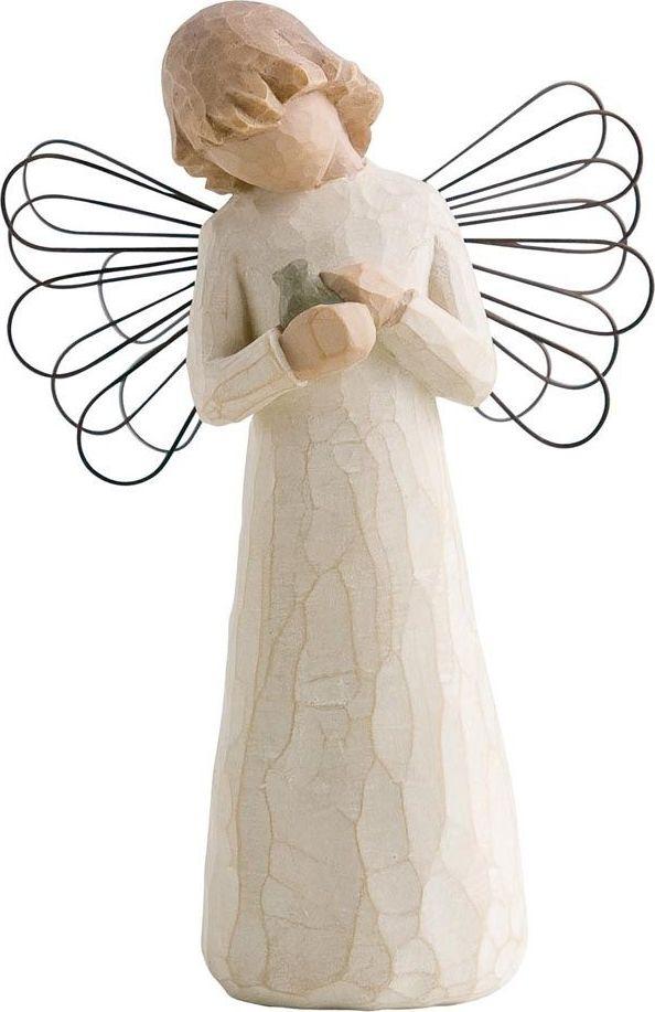 Фигурка Willow Tree Ангел исцеления, высота 13 см26020Эти прекрасные фигурки созданы канадским скульптором Сьюзан Лорди.Каждая фигурка – это настоящее произведение искусства, образная скульптура в миниатюре, изображающая эмоции и чувства, которые помогают нам чувствовать себя ближе к другим, верить в мечту, выражать любовь. Фигурка помещена в красивую упаковку. Купить такой оригинальный подарок, значит не только украсить интерьер помещения или жилой комнаты, но выразить свое глубокое отношение к любимому человеку. Этот прекрасный сувенир будет лучшим подарком на день ангела, именины, день рождения, юбилей.
