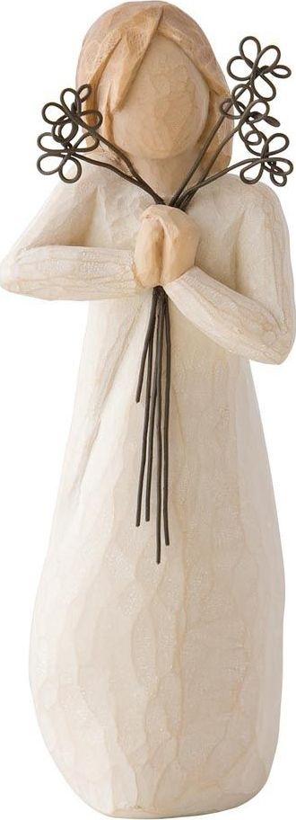 Фигурка Willow Tree Дружба, высота 13,5 см26155Декоративная фигурка Willow Tree создана канадским скульптором Сьюзан Лорди. Фигурка выполнена из искусственного камня (49% карбонат кальция мелкозернистой разновидности, 51% искусственный камень).Фигурка Willow Tree – это настоящее произведение искусства, образная скульптура в миниатюре, изображающая эмоции и чувства, которые помогают чувствовать себя ближе к другим, верить в мечту, выражать любовь.Фигурка помещена в красивую упаковку.Купить такой оригинальный подарок, значит не только украсить интерьер помещения или жилой комнаты, но выразить свое глубокое отношение к любимому человеку. Этот прекрасный сувенир будет лучшим подарком на день ангела, именины, день рождения, юбилей.