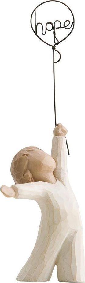 Фигурка Willow Tree Надежда, высота 15,5 см26163Декоративная фигурка Willow Tree создана канадским скульптором Сьюзан Лорди. Фигурка выполнена из искусственного камня (49% карбонат кальция мелкозернистой разновидности, 51% искусственный камень).Фигурка Willow Tree – это настоящее произведение искусства, образная скульптура в миниатюре, изображающая эмоции и чувства, которые помогают чувствовать себя ближе к другим, верить в мечту, выражать любовь.Фигурка помещена в красивую упаковку.Купить такой оригинальный подарок, значит не только украсить интерьер помещения или жилой комнаты, но выразить свое глубокое отношение к любимому человеку. Этот прекрасный сувенир будет лучшим подарком на день ангела, именины, день рождения, юбилей.