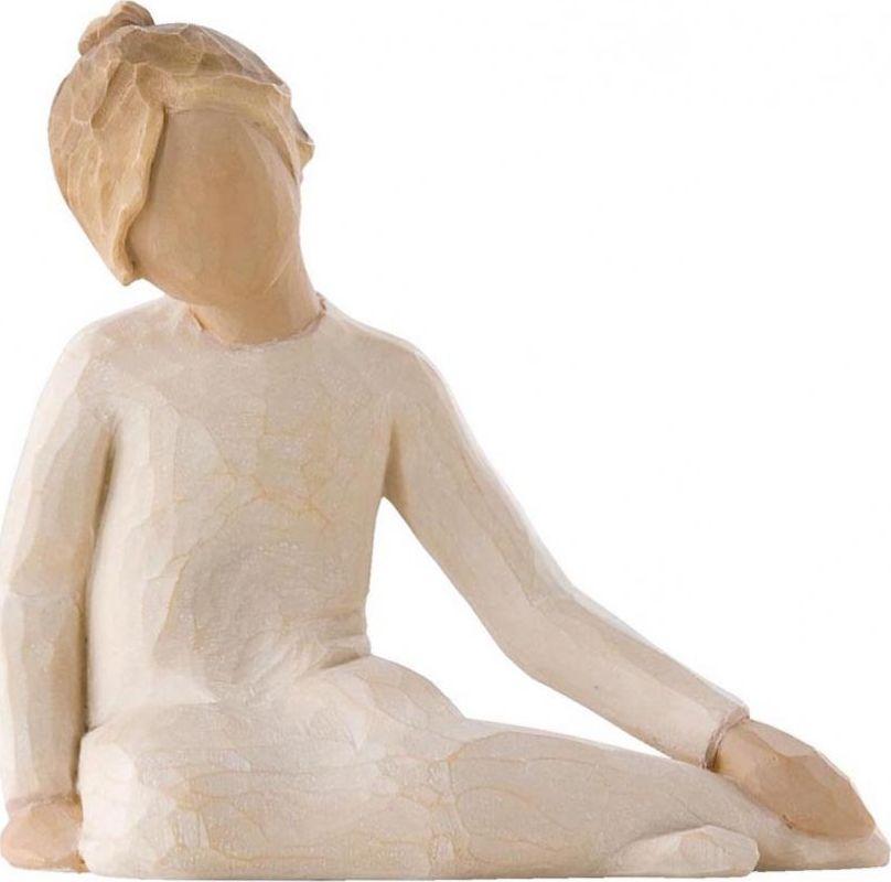 Фигурка Willow Tree Задумчивый ребенок, высота 7,5 см26225Декоративная фигурка Willow Tree создана канадским скульптором Сьюзан Лорди. Фигурка выполнена из искусственного камня (49% карбонат кальция мелкозернистой разновидности, 51% искусственный камень).Фигурка Willow Tree – это настоящее произведение искусства, образная скульптура в миниатюре, изображающая эмоции и чувства, которые помогают чувствовать себя ближе к другим, верить в мечту, выражать любовь.Фигурка помещена в красивую упаковку.Купить такой оригинальный подарок, значит не только украсить интерьер помещения или жилой комнаты, но выразить свое глубокое отношение к любимому человеку. Этот прекрасный сувенир будет лучшим подарком на день ангела, именины, день рождения, юбилей.