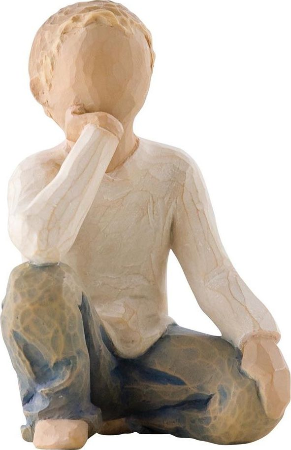Фигурка Willow Tree Любознательный ребенок, высота 7,5 см26227Декоративная фигурка Willow Tree создана канадским скульптором Сьюзан Лорди. Фигурка выполнена из искусственного камня (49% карбонат кальция мелкозернистой разновидности, 51% искусственный камень).Фигурка Willow Tree – это настоящее произведение искусства, образная скульптура в миниатюре, изображающая эмоции и чувства, которые помогают чувствовать себя ближе к другим, верить в мечту, выражать любовь.Фигурка помещена в красивую упаковку.Купить такой оригинальный подарок, значит не только украсить интерьер помещения или жилой комнаты, но выразить свое глубокое отношение к любимому человеку. Этот прекрасный сувенир будет лучшим подарком на день ангела, именины, день рождения, юбилей.