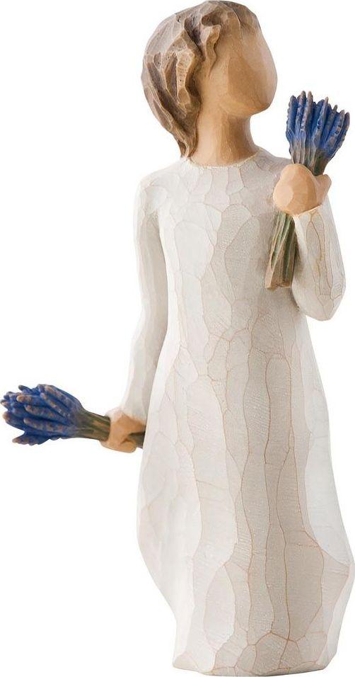 Фигурка Willow Tree Лаванда, высота 14 см26465Эти прекрасные фигурки созданы канадским скульптором Сьюзан Лорди.Каждая фигурка – это настоящее произведение искусства, образная скульптура в миниатюре, изображающая эмоции и чувства, которые помогают нам чувствовать себя ближе к другим, верить в мечту, выражать любовь. Фигурка помещена в красивую упаковку. Купить такой оригинальный подарок, значит не только украсить интерьер помещения или жилой комнаты, но выразить свое глубокое отношение к любимому человеку. Этот прекрасный сувенир будет лучшим подарком на день ангела, именины, день рождения, юбилей.