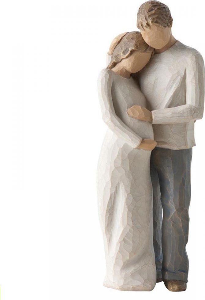 Фигурка Willow Tree Семья, высота 22 см26252Декоративная фигурка Willow Tree создана канадским скульптором Сьюзан Лорди. Фигурка выполнена из искусственного камня (49% карбонат кальция мелкозернистой разновидности, 51% искусственный камень).Фигурка Willow Tree – это настоящее произведение искусства, образная скульптура в миниатюре, изображающая эмоции и чувства, которые помогают чувствовать себя ближе к другим, верить в мечту, выражать любовь.Фигурка помещена в красивую упаковку.Купить такой оригинальный подарок, значит не только украсить интерьер помещения или жилой комнаты, но выразить свое глубокое отношение к любимому человеку. Этот прекрасный сувенир будет лучшим подарком на день ангела, именины, день рождения, юбилей.