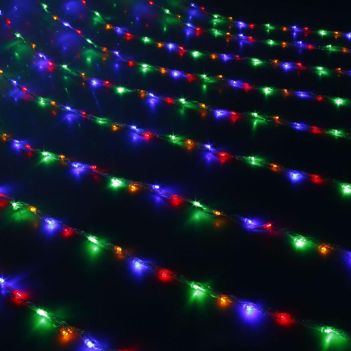 Гирлянда светодиодная Luazon Дождь, уличная, 1500 ламп, 220 V, цвет: мультиколор, 2 х 6 м. 10802001080200Светодиодные гирлянды, ленты и т.д — это отличный вариант для новогоднего оформления интерьера или фасада. С их помощью помещение любого размера можно превратить в праздничный зал, а внешние элементы зданий, украшенные ими, мгновенно станут напоминать очертания сказочного дворца. Такие украшения создают ауру предвкушения чуда. Деревья, фасады, витрины, окна и арки будто специально созданы, чтобы вы украсили их светящимися нитями.