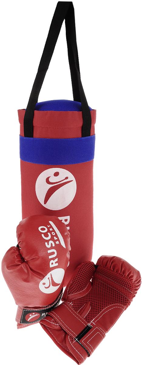 Набор для бокса Rusco, цвет: красный, синий, 4 унцииУТ-00005618Rusco - это настоящий боксерский набор для юного начинающего спортсмена от 4 до 9 лет. Комплектация набора позволит ему сразу же приступить к занятиям. В комплект входит пара перчаток и боксерская груша. Перчатка фиксируется на запястье при помощи ремня на липучке. Груша снабжена текстильной ручкой-петлей для подвешивания. Данный набор является блестящей находкой для маленького бойца и позволит ему всегда находиться в хорошей физической форме. Набор упакован в прозрачную сетку.Вес перчаток: 4 унции.