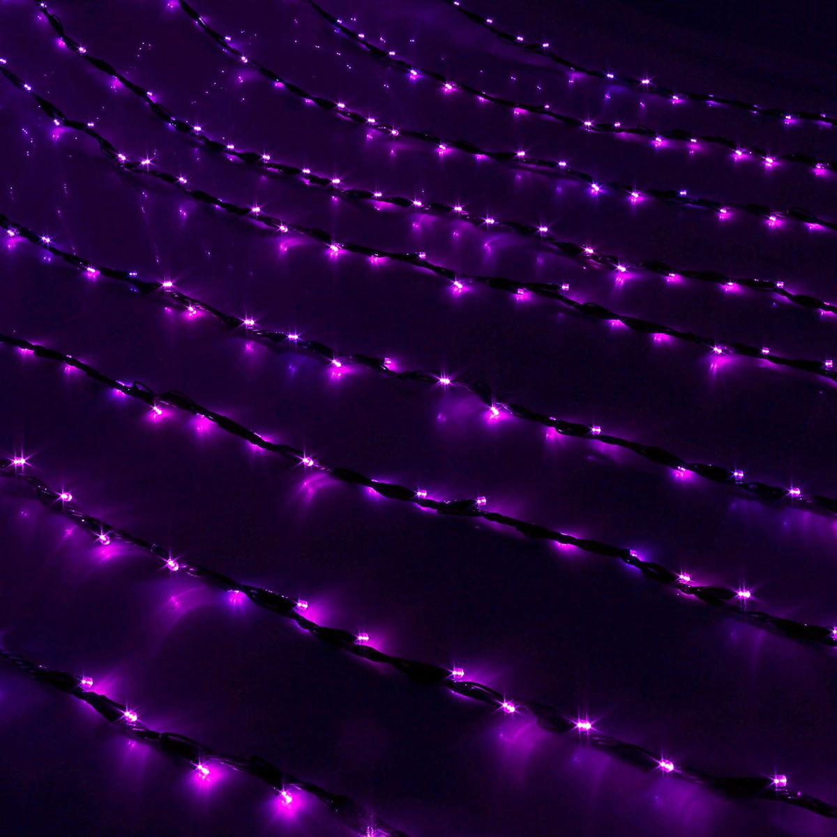 Гирлянда светодиодная Luazon Дождь, уличная, 8 режимов, 400 ламп, 220 V, цвет: фиолетовый, 2 х 1,5 м. 187297 гирлянда luazon дождь 2m 1 5m multicolor 671638