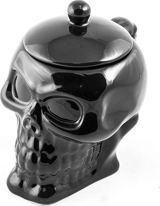 Кружка Эврика Череп с крышкой, цвет: черный, 300 мл. 9633496334Еще один предмет сервировки пиратской вечеринки - керамическая кружка для горячих и холодных напитков в виде черепа. Удобная крышка и дополнительная толщина стенок позволит напитку долго оставаться горячим. Имеется белый и черный вариант исполнения. Объем 300 мл. Материал: керамика.