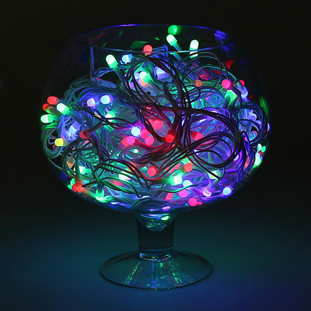Гирлянда светодиодная Luazon Метраж, уличная, моргает, 200 ламп, 220 V, 20 м, цвет: мультиколор. 10805671080567Светодиодные гирлянды, ленты и т.д. — это отличный вариант для новогоднего оформления интерьера или фасада. С их помощью помещение любого размера можно превратить в праздничный зал, а внешние элементы зданий, украшенные ими, мгновенно станут напоминать очертания сказочного дворца. Такие украшения создают ауру предвкушения чуда. Деревья, фасады, витрины, окна и арки будто специально созданы, чтобы вы украсили их светящимися нитями.