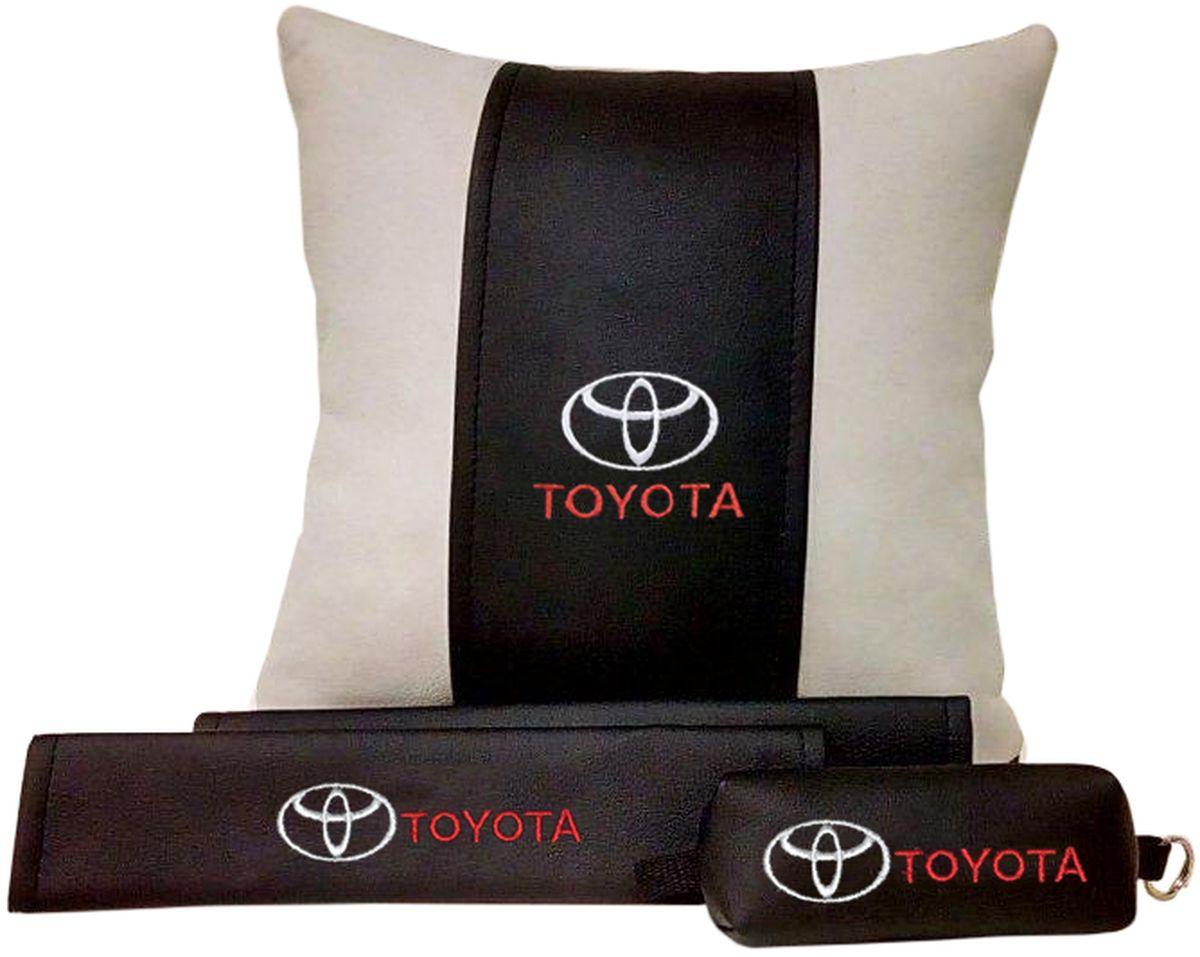 Подарочный набор автомобилисту Auto Premium Toyota, 3 предмета67613В набор входит:-подушка в салон автомобиля-накладки на ремень безопасности-ключница.На все изделия нанесена индивидуальная вышивка. При производстве используется качественная и износостойкая экокожа, что позволяет надолго сохранить презентабельный внешний вид любого изделия. Такой подарок не оставит равнодушным ни одного автолюбителя.