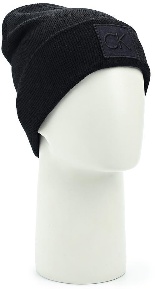 Шапка мужская Calvin Klein Jeans, цвет: черный. K50K503209_001. Размер универсальныйK50K503209_001Шапка мужская Calvin Klein Jeans выполнена из качественного материала. Модель дополнена нашивкой с логотипом бренда.