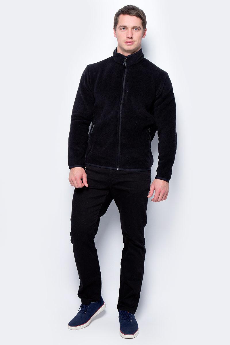Куртка мужская Red Fox Tweed III, цвет: черный. 00001040793_1000. Размер M (50)00001040793_1000Cтильная мужская куртка, выполненная из флисового материала с эффектом Sweater look. Легкая тёплая модель прекрасно согреет в прохладную погоду. В холодное время года изделие может использоваться в качестве среднего утепляющего слоя.Основные характеристики:- полуприлегающий силуэт- воротник-стойка, окантованный по верху эластичной тесьмой- воротник имеет трикотажную подкладку, обеспечивающую дополнительный комфорт- защита подборка от молнии- рукава и низ изделия окантованы эластичной тесьмой- два боковых кармана на молнии. Основное назначение: Путешествия, повседневное городское использованиеПосадка: Regular FitМатериал: 100% Polyester, Knit, 239 g/sqm, two side anti-pilling.