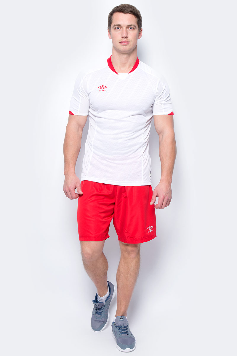 Шорты спортивные мужские Umbro Armada Short, цвет: красный, белый. 130115. Размер S (46)130115Шорты, выполненные из 100% полиэстера, отлично подойдут для игр и частых и активных футбольных тренировок. Модель на поясе имеет широкую эластичную резинку. Кокетка из сетки для дополнительного отвода влаги.