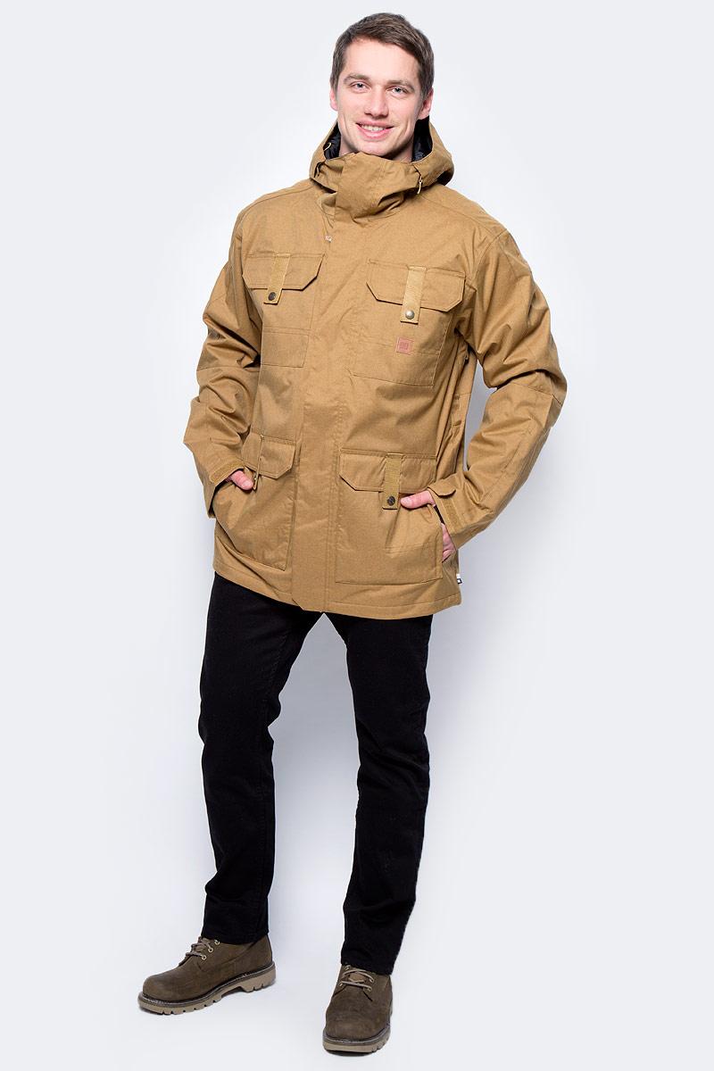 Куртка мужская DC Shoes, цвет: песочный. EDYTJ03022. Размер XL (56)EDYTJ03022-CNE0Мужская куртка Quiksilverвыполнена из 100% полиэстера. В качестве подкладки и утеплителя также используется полиэстер. Изделие произведено из сырья высшего качества.Модель с несъемным капюшоном застегивается на застежку-молнию и имеет ветрозащитную планку на липучках. Край капюшона дополнен шнурком-кулиской и небольшим укрепленным козырьком. Низ рукавов дополнен хлястиком на кнопке, а внутренняя часть рукава оформлена эластичным манжетом с прорезью для большого пальца. Спереди расположено четыре накладных кармана с клапанами на кнопках и липучках и по бокам они же дополнены карманами намолнии, а с внутренней стороны - один накладной карман из сетчатой ткани. Под защитной планкой расположена застежка молния, которая дополнена отверстием для наушников. В поясе с внутренней стороны куртка имеет дополнительную подкладку на резинке, которая защитит от ветра и попадания снега.