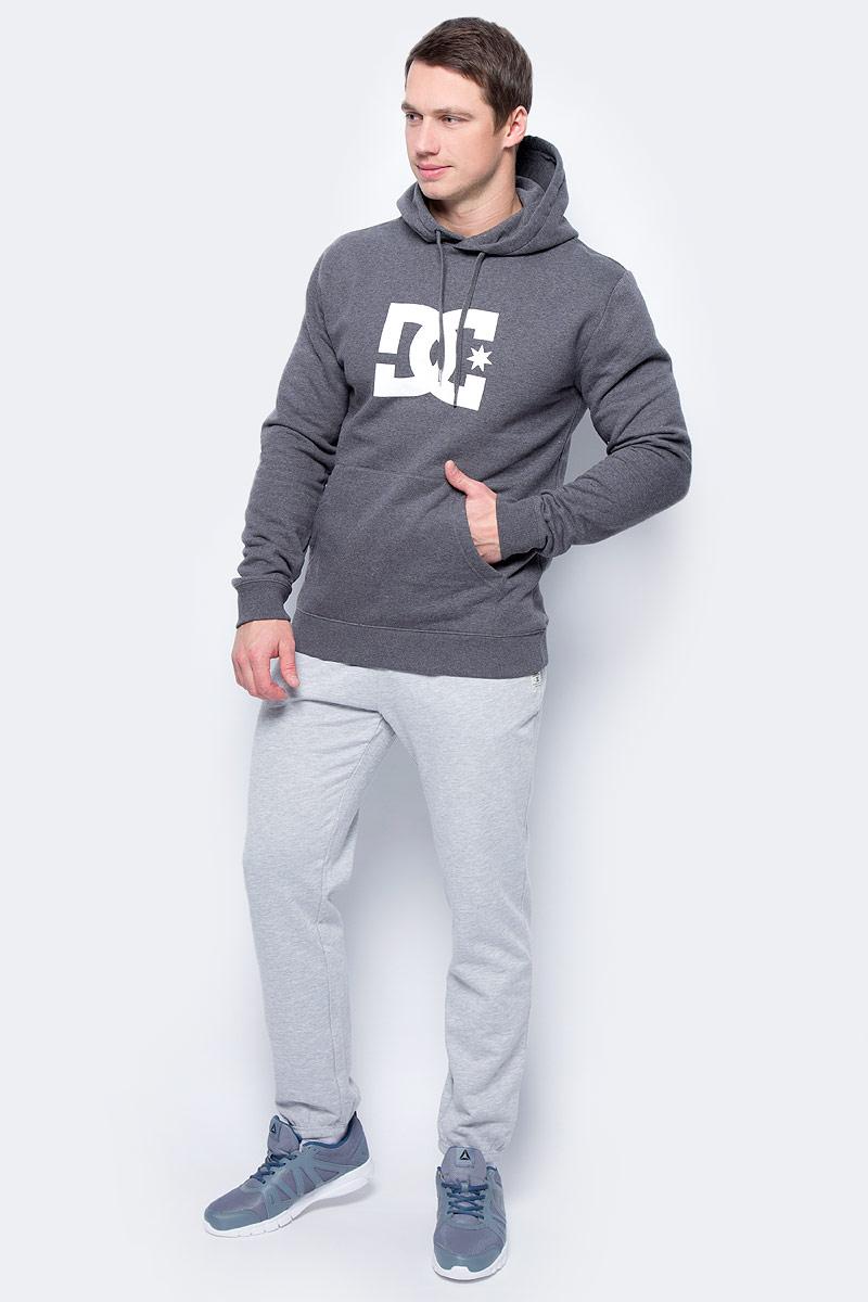 Толстовка мужская DC Shoes Star, цвет: серый. EDYSF03107-XSSW. Размер M (48)EDYSF03107-XSSWТолстовка от DC Shoes выполнена из хлопкового материала. Модель с длинными рукавами и капюшоном с затягивающимся шнурком спереди дополнена карманом кенгуру. Толстовка на груди декорирована принтом в виде фирменного логотипа бренда.