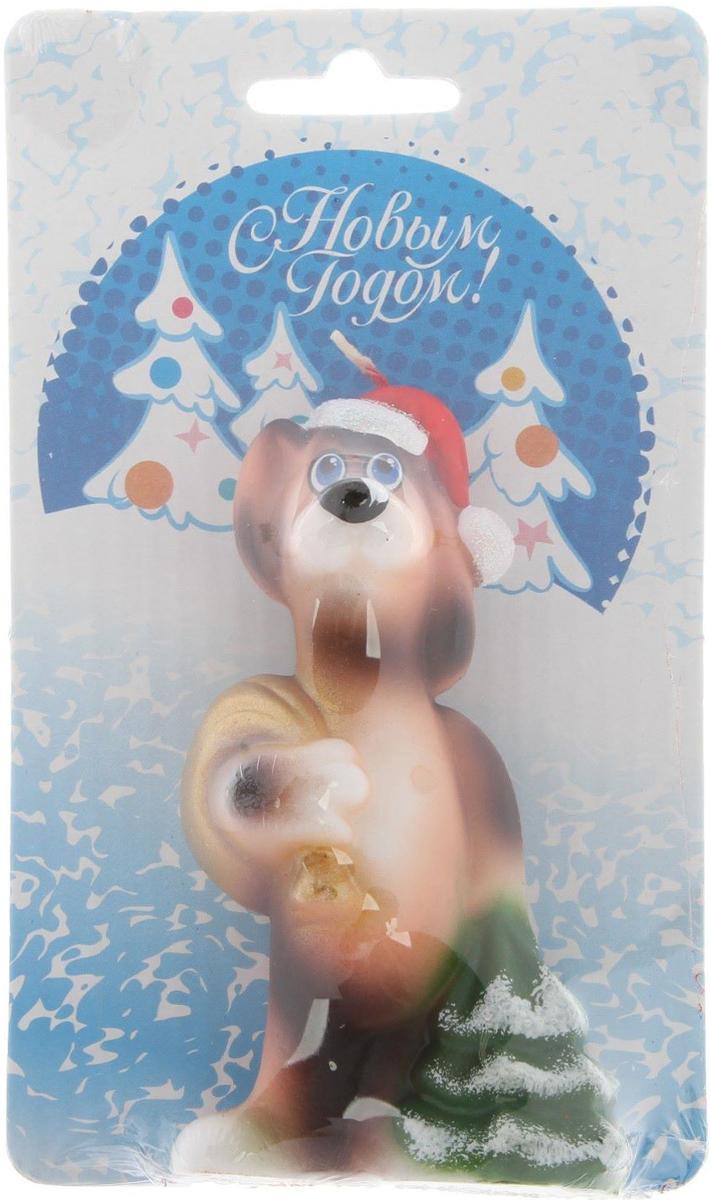 Свеча декоративная Омский свечной завод Собака с золотым мешочком, цвет: синий, высота 8,5 см2563621Невозможно представить нашу жизнь без праздников! Мы всегда ждем их и предвкушаем,обдумываем, как проведем памятный день, тщательно выбираем подарки и аксессуары, ведьименно они создают и поддерживают торжественный настрой - это отличный выбор,который привнесет атмосферу праздника в ваш дом! Какой новогодний стол без свечей? Вместе с мандаринами, шампанским и еловыми ветвямиони создадут сказочную атмосферу, а их притягательное пламя подарит ощущение уюта итепла. А еще это отличная идея для подарка! Оградит от невзгод и поможет во всех начинаниях вбудущем году. Пусть удача сопутствует вам и вашим близким! Каждому хозяину периодически приходит мысль обновить свою квартиру, сделать ремонт,перестановку или кардинально поменять внешний вид каждой комнаты. Привлекательнаядеталь, которая поможет воплотить вашу интерьерную идею, создать неповторимуюатмосферу в вашем доме. Окружите себя приятными мелочами, пусть они радуют глаз идарят гармонию.
