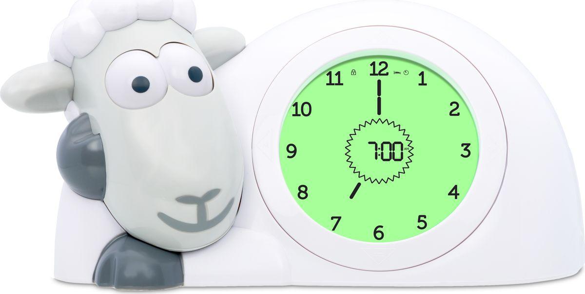 ZAZU Настольные часы детские Ягнёнок Сэм цвет серыйZA-SAM-01Научит детей вовремя ложиться спать и просыпаться.Глазки закрываются, глазки открываются. Глаза Сэма закрываются на время сна и открываются утром, когда приходит время просыпатьсяДисплей с меняющимися цветами. LCD-экран изменяет цвет в зависимости от времени сутокАналоговые и цифровые часы. Чтобы детям было легко научиться понимать времяБудильник. Для более старших детей или для тех, кто предпочитает будильник. Вы можете выбрать три звука звонка с регулируемой громкостьюНастраиваемая яркость и режим автоматического отключения. Яркость света ночника можно регулировать. Также он может гореть всю ночь или автоматически выключаться через 5 – 15 – 30 минут