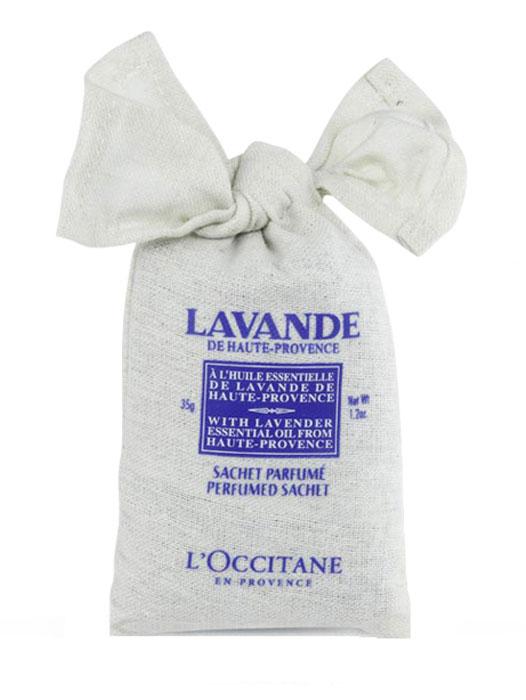 """Саше ароматическое L'Occitane En Provence """"Лаванда"""" выполнено в небольшом холщовом  мешочке отлично ароматизирует шкафы, гардеробные, а также салон автомобиля.  Производитель L"""