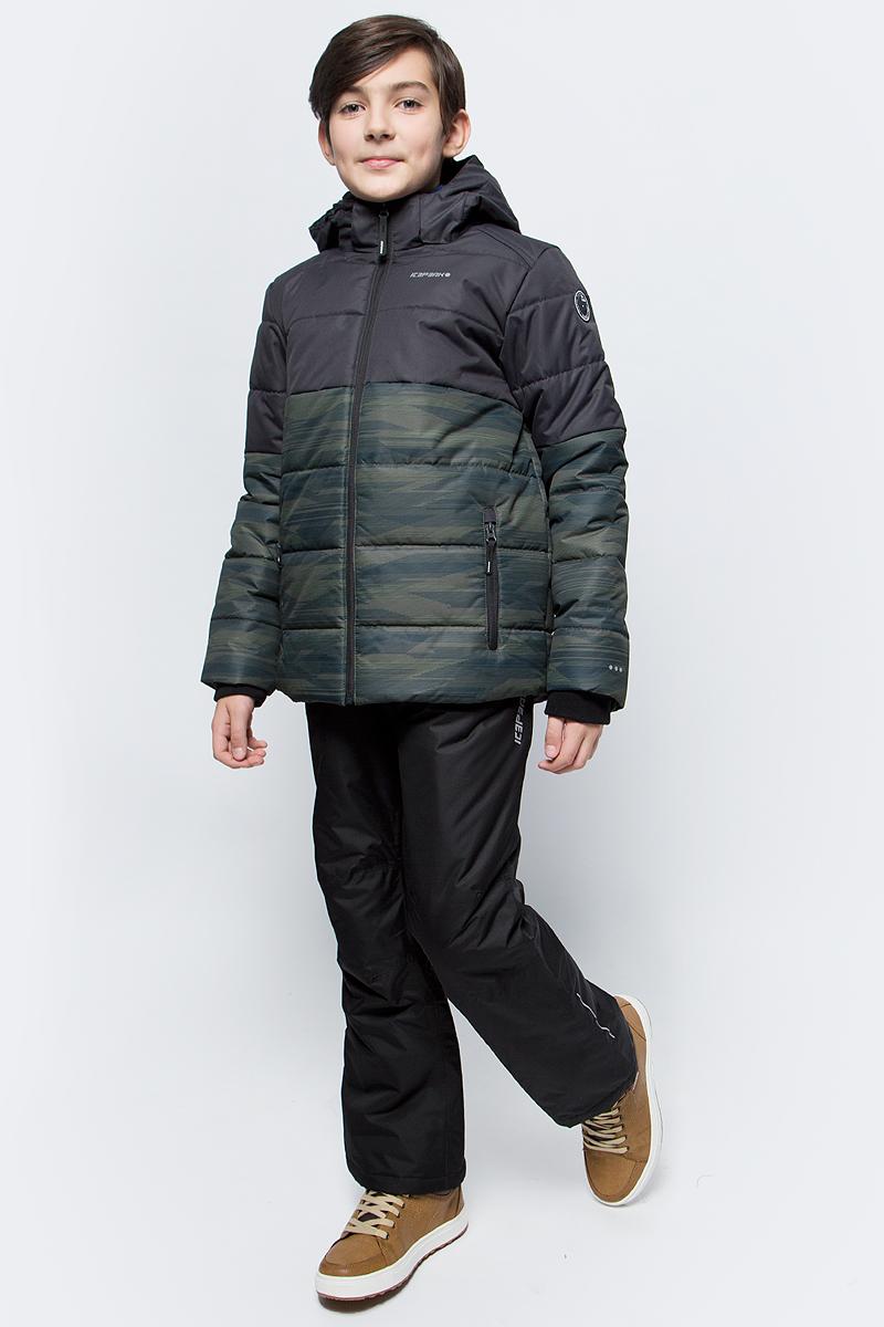 Куртка для мальчика Icepeak, цвет: оливковый. 850013672IV_585. Размер 152850013672IV_585Куртка для мальчика Icepeak выполнена из полиэстера. Модель с длинными рукавами и капюшоном застегивается на застежку-молнию.