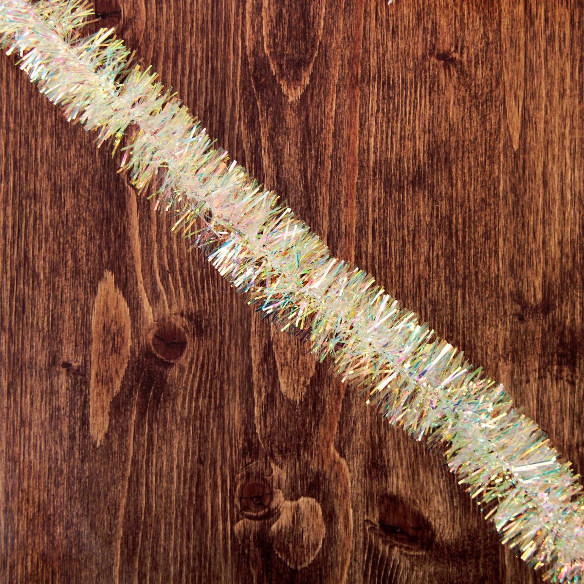 Мишура новогодняя Перламутровая, диаметр 4,5 см, длина 200 см2363866Новогодняя мишура, выполненная из ПВХ, поможет вам украсить свой дом к предстоящим праздникам. Новогодняя елка с таким украшением станет еще наряднее. Новогодней мишурой можно украсить все, что угодно - елку, квартиру, дачу, офис - как внутри, так и снаружи. Можно сложить новогодние поздравления, буквы и цифры, мишурой можно украсить и дополнить гирлянды, можно выделить дверные колонны, оплести дверные проемы.
