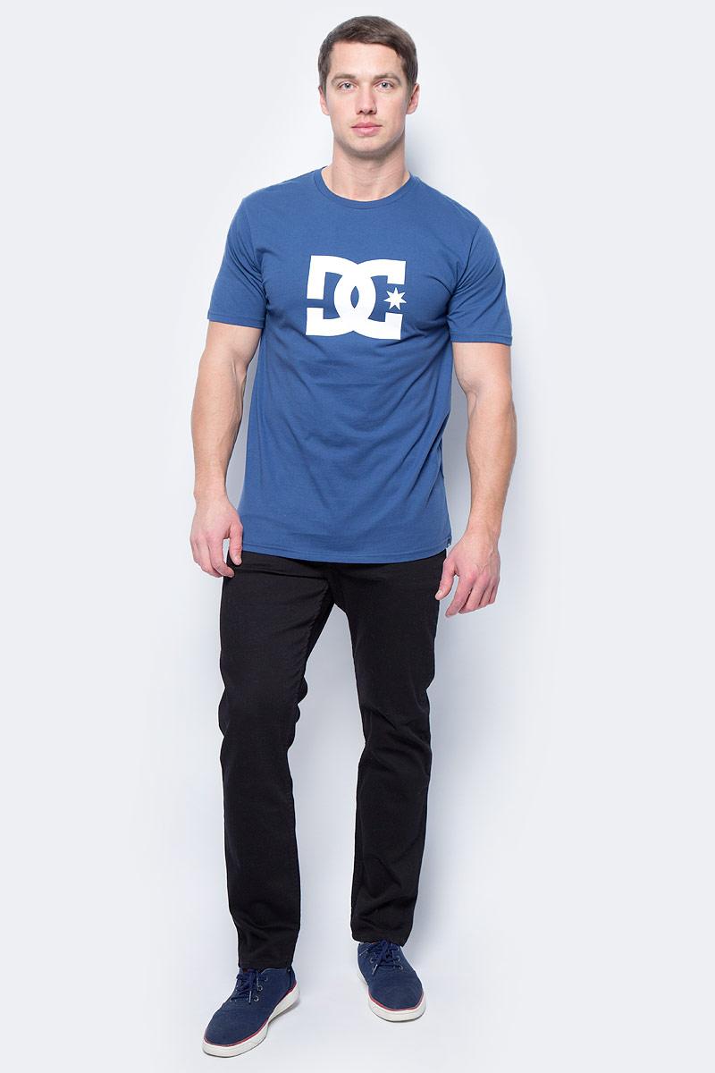 Брюки мужские DC Shoes Worker, цвет: черный, темно-серый. EDYDP03337-KVJW. Размер 32 (48)EDYDP03337-KVJWСтильные брюки от DC Shoes выполнены из эластичного хлопка. Модель имеет классический пятикарманный крой: спереди – два втачных кармана и один маленький кармашек, сзади – два накладных кармана. Брюки прямого кроя и стандартной посадки в поясе застегиваются на пуговицу, имеются ширинка на молнии и шлевки для ремня.