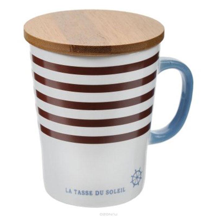 Кружка Карамба Полосы, с крышкой, цвет: белый, коричневый, 260 мл3077Оригинальная кружка из керамики станет не только приятным, но и практичным сувениром. Оснащена бамбуковой крышкой.