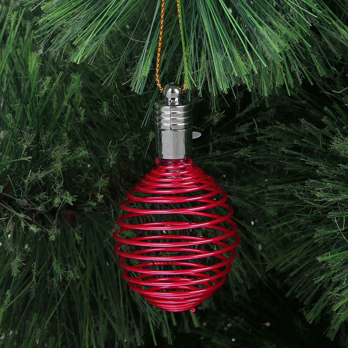 Украшение новогоднее подвесное Luazon Lighting Пружинка, световое, цвет: фуксия, 7 см2327177Световая новогодняя подвеска Luazon Lighting выполнена из металла в виде пружинки. Елочное украшение выглядит как простая елочная игрушка днем, но при этом остается видимой вечером. Просто включите изделие с наступлением темноты, и оно украсит елку огоньками. Подвеска Luazon Lighting работает от батареек (входят в комплект) и пожаробезопасна, так как светодиоды не нагреваются, в отличие от ламп накаливания.
