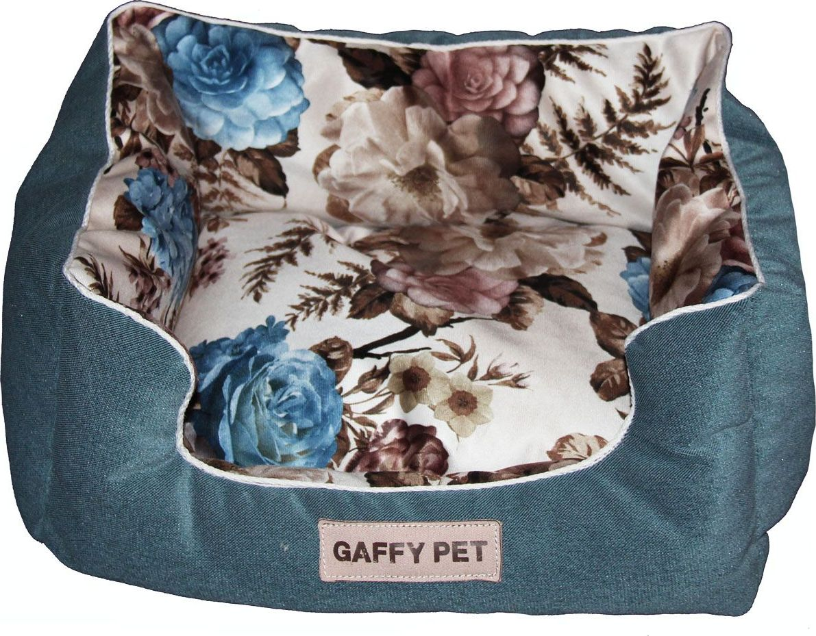 Лежак для животных Gaffy Pet Pion, цвет: синий, 55 х 45 х 23 см11202MЛежак для животных Gaffy Pet обязательно понравится вашему питомцу. Верх лежака выполнен из велюра. В качестве наполнителя используется мягкий холлофайбер. Изделие имеет высокие бортики, которые отлично держат форму. Использование профессиональных тканей дает владельцам питомцев большое преимущество в чистке и уходе без ущерба внешнему виду. Такой лежак прекрасно впишется в любой современный интерьер.