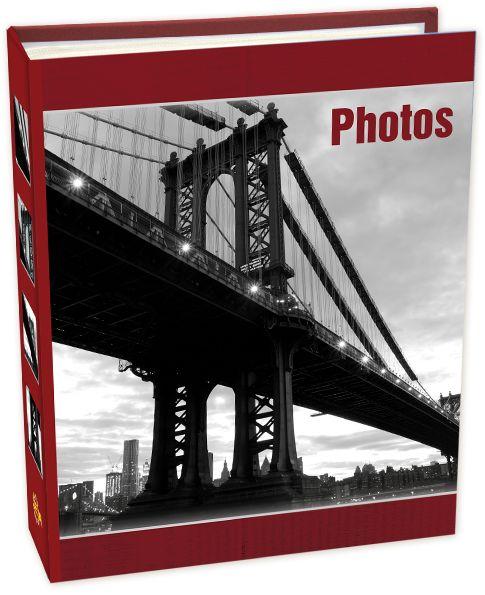 Фотоальбом Pioneer Bridges, цвет: красный, 200 фото, 10 х 15 см48458 PP-46200Материалы, использованные в изготовлении альбома Pioneer, обеспечивают высокое качествохранения ваших фотографий, поэтому фотографии не желтеют со временем. Обложка выполненаиз ламинированного картона. Листы в альбоме выполнены из бумаги. Альбом вмещает 200фотографий. Тип переплета: книжный.
