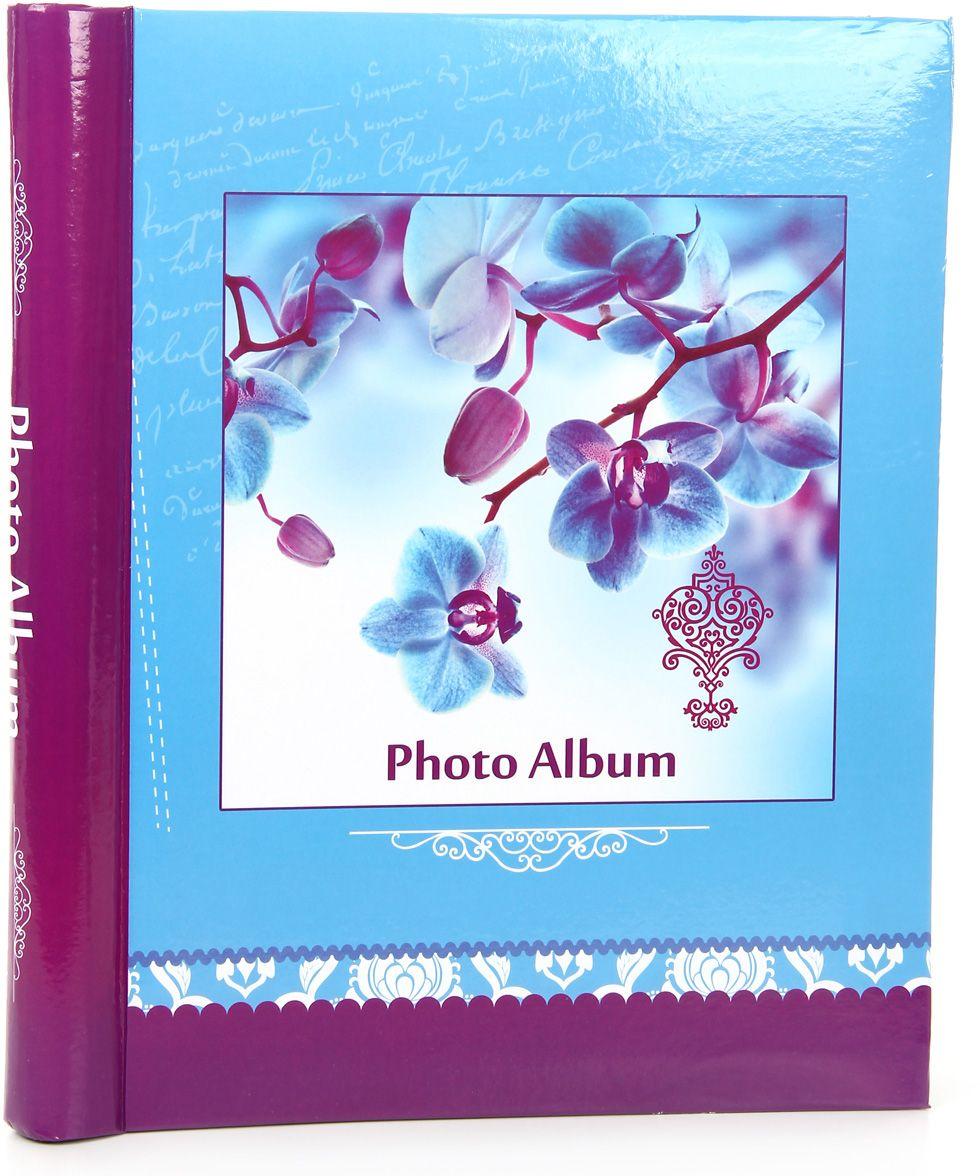 Фотоальбом Pioneer Spring Paints, цвет: голубой, 10 магнитных листов, 23 х 28 см46458 AP102328SAМатериалы, использованные в изготовлении альбома, обеспечивают высокое качество хранения ваших фотографий, поэтому фотографии не желтеют со временем. Альбом для фотографий формата 23 х 28 см. Тип обложки: ламинированный картон. Тип листов: магнитные. Тип переплета: спираль. Кол-во листов: 10.