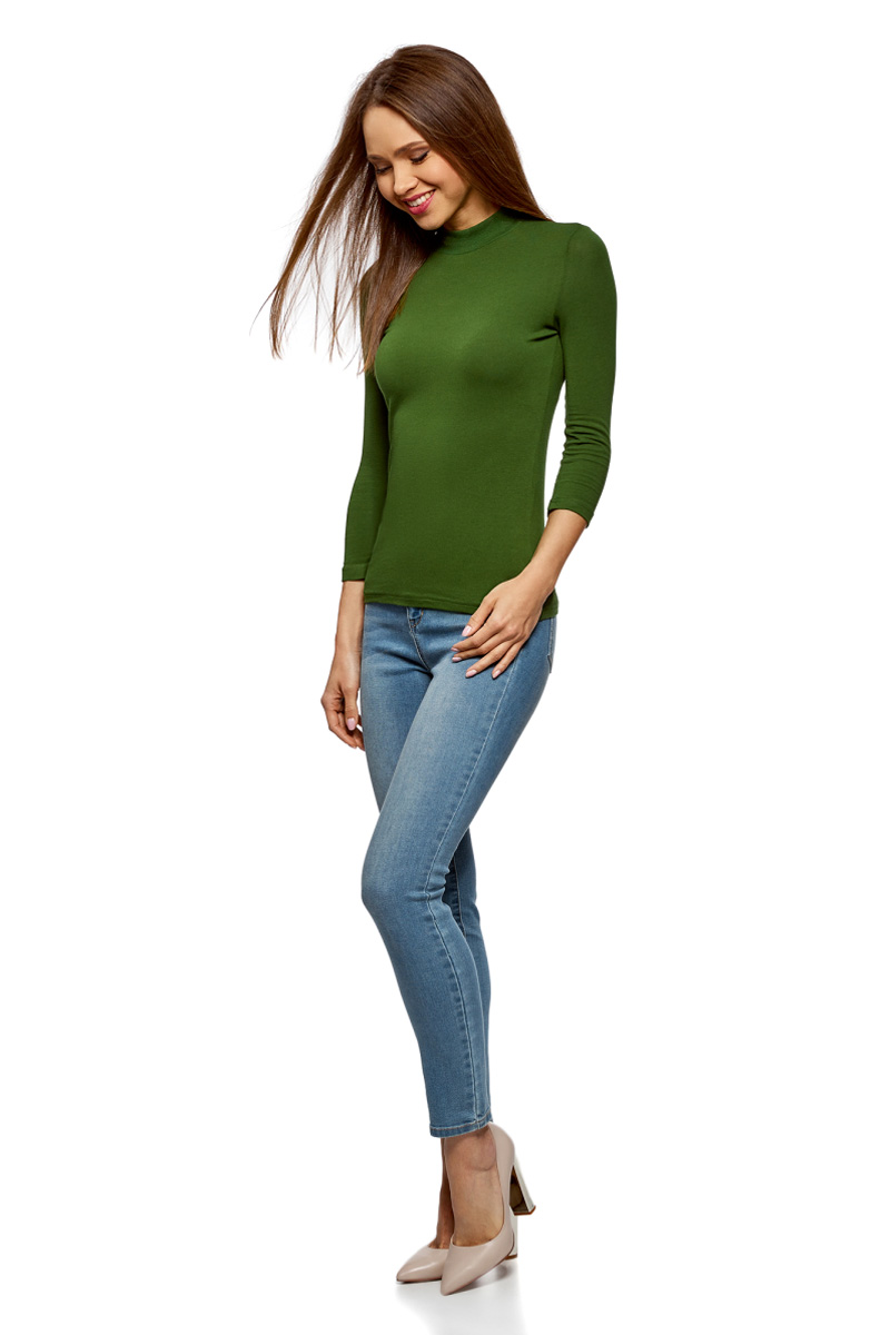 Водолазка женская oodji Ultra, цвет: темно-зеленый. 15E11007B/46147/6900N. Размер M (46)15E11007B/46147/6900NВодолазка от oodji выполнена из эластичного хлопкового трикотажа. Модель с рукавами 3/4 и воротником-стойкой.