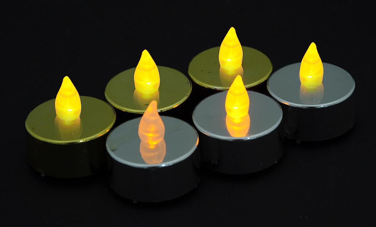 Набор декоративных украшений Свечи. Led, цвет: серебристый, золотистый, высота 3,5 см, 6 штN161419_серебристый, золотистыйНабор Winter Wings Свечи. Led состоит из 6 декоративных украшений. Изделия выполнены из пластика в виде свечей с подсветкой. Работают от батареек типа СR2032 (входят в комплект).Высота украшения: 3,5 см.Диаметр: 3,5 см.