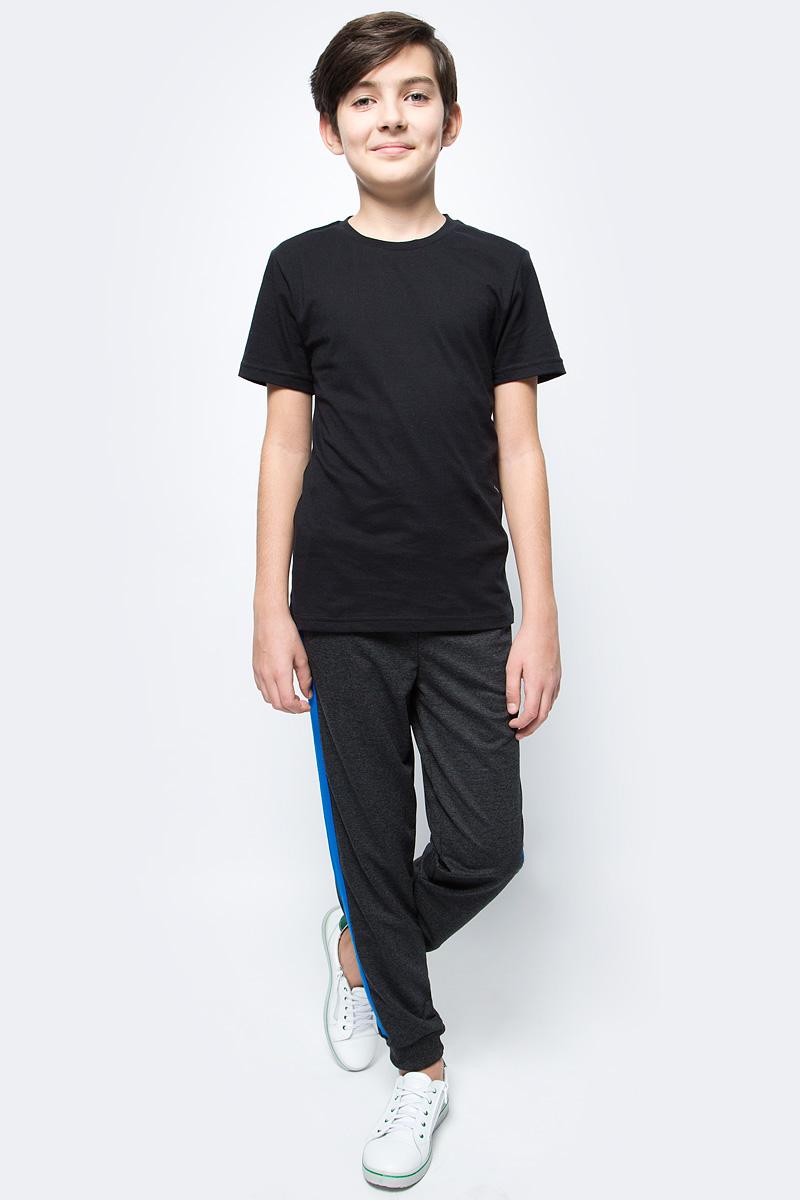 Брюки спортивные для мальчика Boom!, цвет: темно-серый. 70809_BLB_вар.2. Размер 98/104, 3-4 года комплект верхней одежды для мальчика boom куртка брюки цвет синий черный 70335 bob вар 2 размер 98 3 4 года