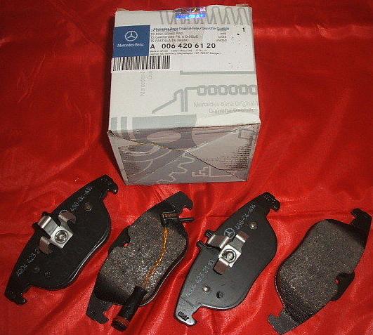 Тормозные колодки дисковые Mercedes-Benz A0064206120A0064206120Колодки тормозные задние Mercedes-Benz. A0064206120
