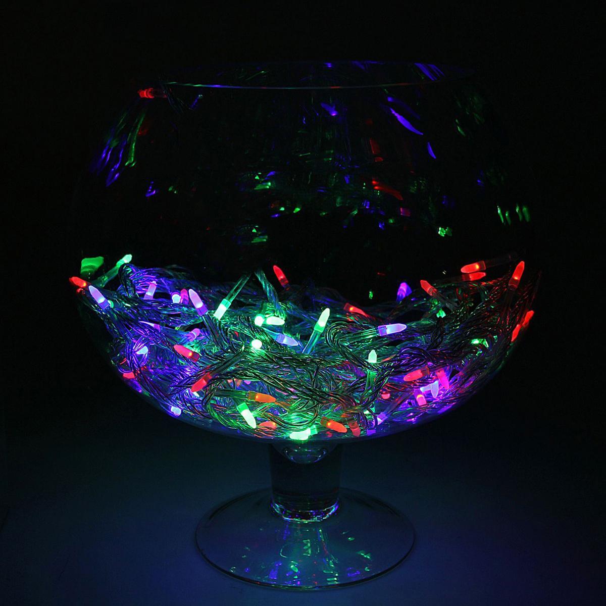 Гирлянда светодиодная Luazon Метраж. Игла, цвет: мультиколор, 100 ламп, 220 V, длина 10 м. 10805271080527Светодиодные гирлянды и ленты — это отличный вариант для новогоднего оформления интерьера или фасада. С их помощью помещение любого размера можно превратить в праздничный зал, а внешние элементы зданий, украшенные ими, мгновенно станут напоминать очертания сказочного дворца. Такие украшения создают ауру предвкушения чуда. Деревья, фасады, витрины, окна и арки будто специально созданы, чтобы вы украсили их светящимися нитями.