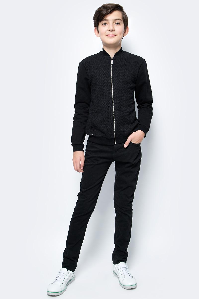 Кофта для мальчика Nota Bene, цвет: черный. CJZ17001A21. Размер 122CJZ17001A21/CJZ17001B21Кофта для мальчика Nota Bene выполнена из хлопкового трикотажа. Модель с длинными рукавами застегивается на молнию.