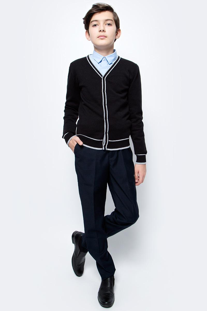 Брюки для мальчика Vitacci, цвет: темно-синий. 1173032М-04. Размер 1521173032М-04Классические школьные брюки выполнены из качественного материала. Модель застегивается на комбинированную застежку.