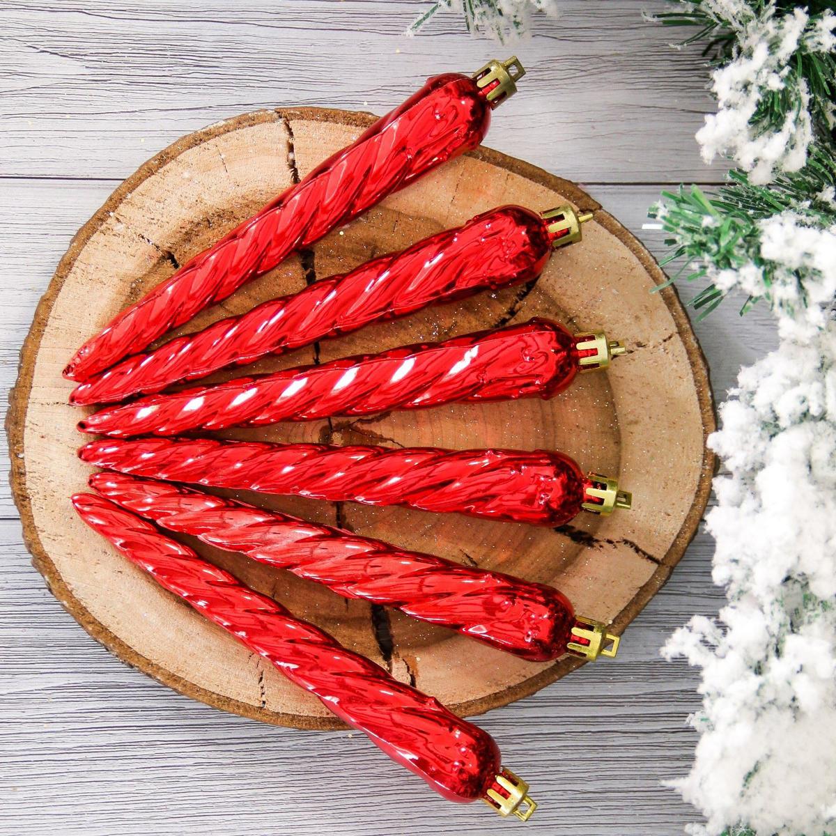 Набор новогодних подвесных украшений Сосульки, длина 16 см, 12 шт2155325Набор новогодних подвесных украшений отлично подойдет для декорации вашего дома и новогодней ели. С помощью специальной петельки украшение можно повесить в любом понравившемся вам месте. Но, конечно, удачнее всего оно будет смотреться на праздничной елке.Елочная игрушка - символ Нового года. Она несет в себе волшебство и красоту праздника. Такое украшение создаст в вашем доме атмосферу праздника, веселья и радости.