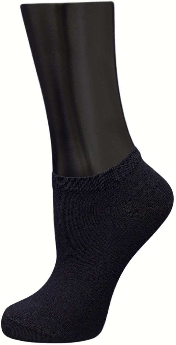 Носки женские Гранд, цвет: черный, 3 пары. SCL143(A1L). Размер 35/38SCL143(A1L)Носки Гранд - изготовлены из лучшей гребенной пряжи, хорошо держат форму и обладают повышенной воздухопроницаемостью, безупречный внешний вид, укороченный паголенок, после стирки не меняют цвет, усилены пятка и мысок для повышенной износостойкости. В комплекте три пары.