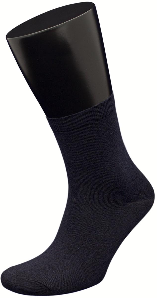 Носки мужские Гранд, цвет: черный, 3 пары. ZCL144(A1H). Размер 39/42ZCL144(A1H)Носки Гранд – изготовлены из высококачественного хлопка; хорошо держат форму и обладают повышенной воздухопроницаемостью; не линяют после многочисленных стирок; имеют среднюю высоту паголенка; бесшовная технология (кеттельный, плоский шов); усилены пятка и мысок для повышенной износостойкости.