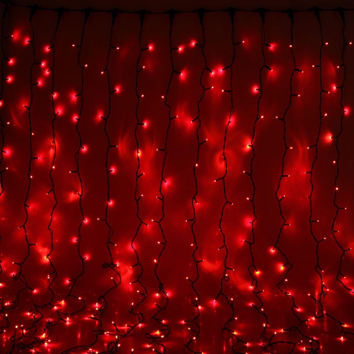 Гирлянда светодиодная Luazon Занавес, цвет: красный, уличная, 1440 ламп, 220 V, 2 х 6 м. 10802811080281Гирлянда светодиодная Luazon Занавес - это отличный вариант для новогоднего оформления интерьера или фасада. С ее помощью помещение любого размера можно превратить в праздничный зал, а внешние элементы зданий, украшенные гирляндой, мгновенно станут напоминать очертания сказочного дворца. Такое украшение создаст ауру предвкушения чуда. Деревья, фасады, витрины, окна и арки будто специально созданы, чтобы вы украсили их светящимися нитями.