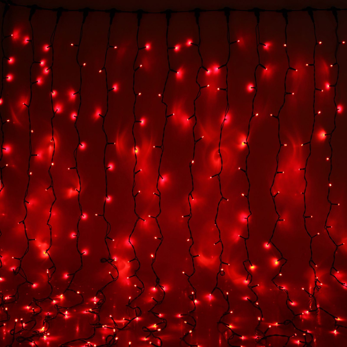 Гирлянда светодиодная Luazon Занавес, цвет: красный, уличная, 1440 ламп, 220 V, 2 х 6 м. 10802911080291Гирлянда светодиодная Luazon Занавес - это отличный вариант для новогоднего оформления интерьера или фасада. С ее помощью помещение любого размера можно превратить в праздничный зал, а внешние элементы зданий, украшенные гирляндой, мгновенно станут напоминать очертания сказочного дворца. Такое украшение создаст ауру предвкушения чуда. Деревья, фасады, витрины, окна и арки будто специально созданы, чтобы вы украсили их светящимися нитями.