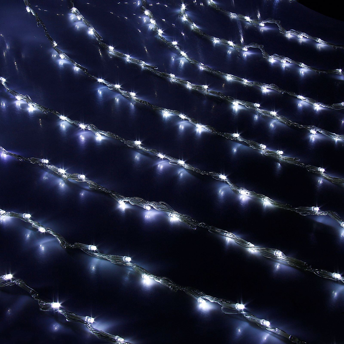 Гирлянда светодиодная Luazon Дождь, 400 ламп, 8 режимов, 220 V, 2 х 1,5 м, цвет: белый. 671639 гирлянда luazon дождь 2m 1 5m multicolor 671638