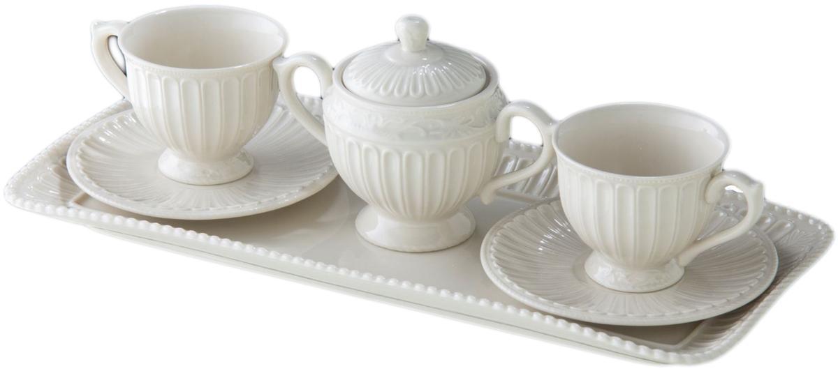 Набор чайный Lamart Tete a Tete, 6 предметов133233Изысканный чайный набор ручной работы Tete-a-tete как нельзя лучше подходит для задушевной беседы тет-а-тет за чашечкой ароматного чая. Пара элегантных чашек с блюдцами, сахарница с тонкими изогнутыми ручками и изящный поднос, изготовленные из ценного костяного фарфора, станут прекрасным подарком для настоящей хозяйки дома, обладающей безукоризненным вкусом и ценящей стильные и уникальные вещи. Этот набор, как, впрочем, и всю продукцию всемирно известной итальянской фабрики Lamart, выпускающей эксклюзивные изделия из керамики и фарфора, отличает превосходное качество.