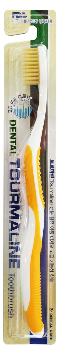 Dental Care Зубная щетка cо сверхтонкой двойной щетиной (средней жесткости и мягкой) и изогнутой ручкой, Турмалин, цвет: желтый140497_yellowЗубная щетка разработана по новейшей технологии с добавлением турмалина, который генерирует отрицательно заряженные ионы и дальние инфракрасные лучи, препятствует размножению бактерий и способствует улучшению кровообращения в деснах.Щетина, производимая с добавлением турмалина, сохраняет его действие до окончания срока годности зубной щетки.Тонкие мягкие заостренные верхние щетинки глубоко проникают в труднодоступные для обычных зубных щеток промежутки между зубами. Закругленные нижние щетинки средней жесткости прекрасно очищают зубную эмаль и не повреждают ее. Благодаря чистке зубов такими щетками улучшается кровообращение, массируются десны, повышается стойкость полости рта к инфекциям. Щетка способствует долговременному сохранению ощущения чистоты и свежести.Производится по запатентованной технологии. Антибактериальный эффект подтвержден лабораторными испытаниями. Получены сертификаты FDA и ISO. Жесткость длинных щетинок щетки – мягкая. Жесткость коротких щетинок щетки – средняя. Подходит для людей со слабыми деснами.
