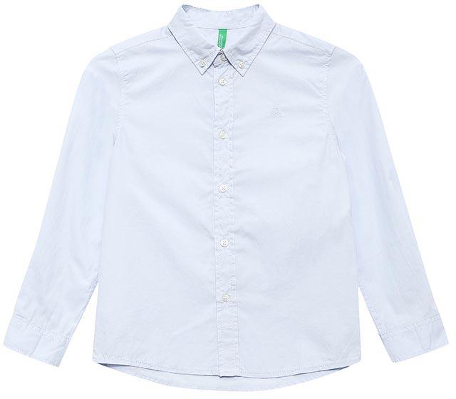 Рубашка для мальчиков United Colors of Benetton, цвет: голубой. 5EW75Q600_081. Размер 1305EW75Q600_081Рубашка для мальчика United Colors of Benetton выполнена из натурального хлопка. Модель с отложным воротником и длинными рукавами застегивается на пуговицы.