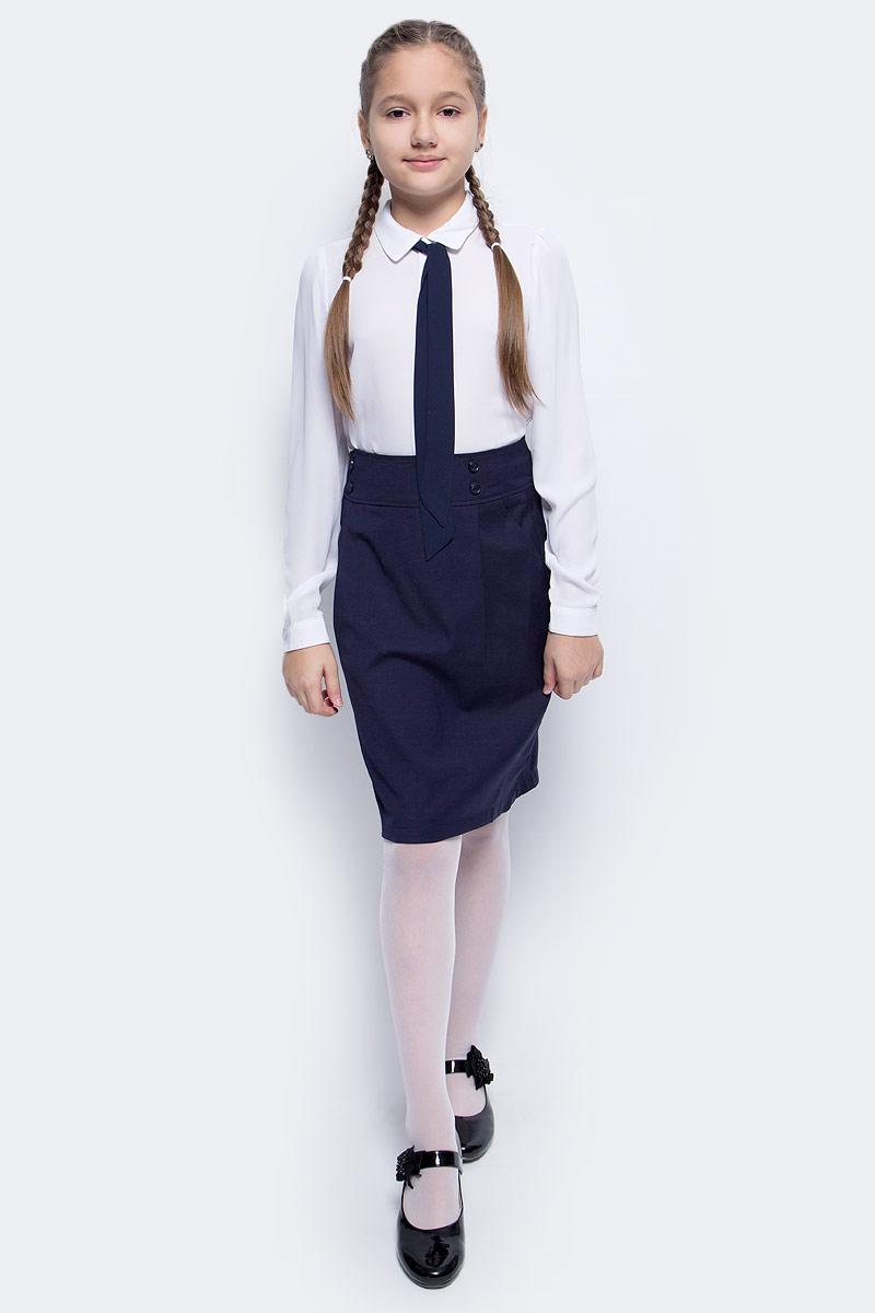 Блузка для девочки Vitacci, цвет: белый. 2173224-01. Размер 1222173224L-01/2173224-01Шифоновая блузка для девочки Vitacci выполнена из 100% полиэстера. Модель имеет длинные рукава и отложной воротник, украшенный контрастным бантом. Застегивается на пуговицы, скрытые планкой. Классическая блузка отлично подойдет для школы.