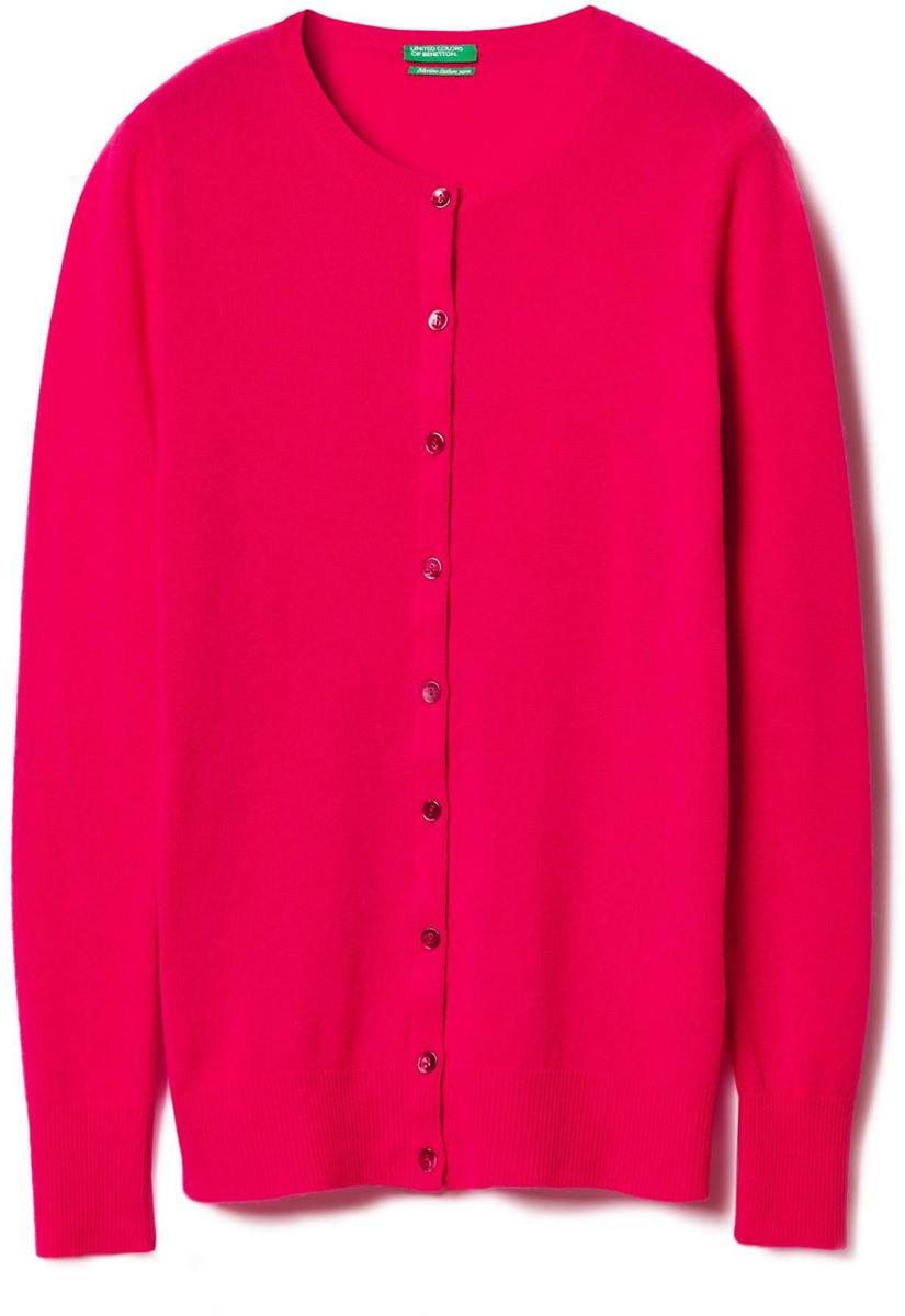 Кардиган женский United Colors of Benetton, цвет: красный. 1002D5319_3A8. Размер L (46/48)1002D5319_3A8Кардиган женский United Colors of Benetton выполнен из качественного материала. Модель с круглым вырезом горловины и длинными рукавами.