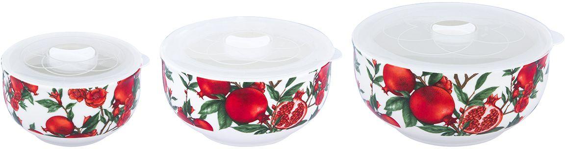Набор салатников Elan Gallery Гранаты, с крышками, 6 предметовОБЧ00000217Набор из трех превосходных салатников очень удобны в использовании. Благодаря традиционнойформе удобно сервировать горячее, салаты, фрукты, ягоды. Легко мыть, можно использовать вмикроволновой печи, посудомоечной машине. Изделие имеет подарочную упаковку, поэтому станет желанным подарком для ваших близких!